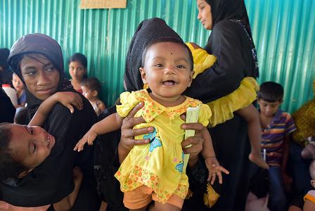 Vaccination drive at Balukhali, Cox's Bazar, Bangladesh - 24.12.2017